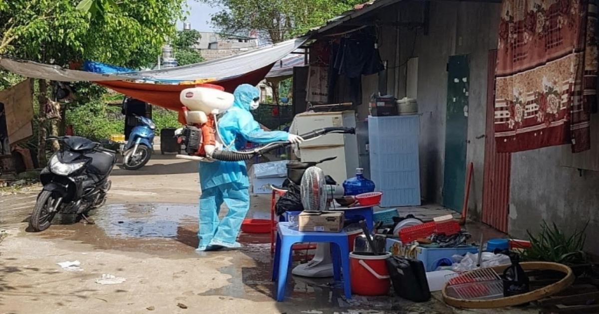 Xuất cấp hóa chất khử khuẩn phòng, chống dịch bệnh