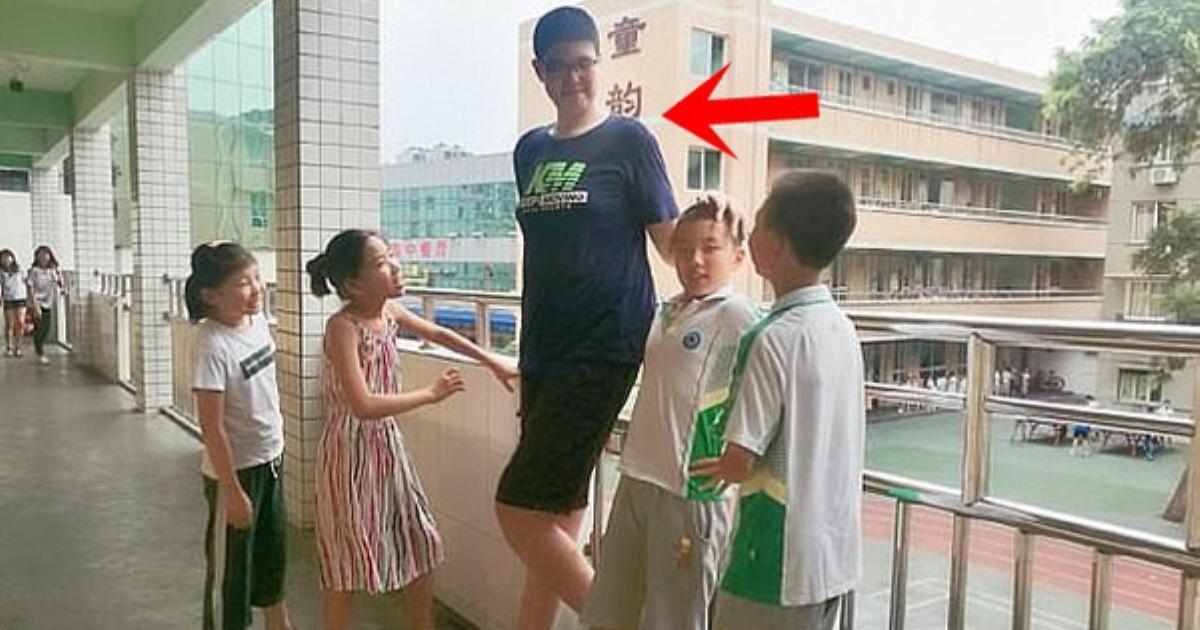 3 tuổi đã cao 1.60m, tròn 14 tuổi bé trai lênh khênh như người khổng lồ