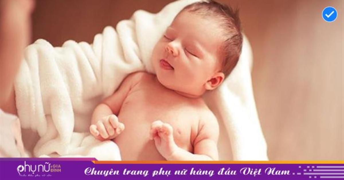 Em bé vừa chào đời mẹ tuyệt đối không được để 4 người này bế con, kẻo dẫn đến hậu quả khôn lường!