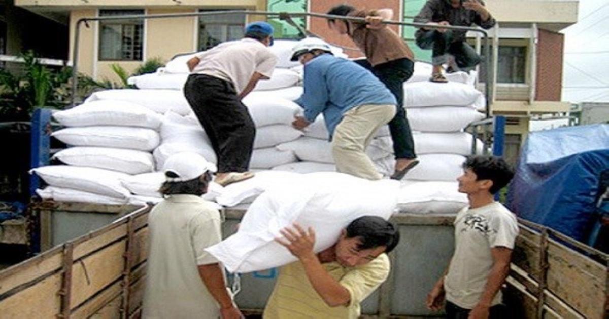 Thừa Thiên-Huế: Phân bổ, cấp phát gạo, lương khô cứu trợ