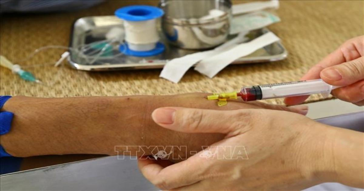 Số ca mắc sốt xuất huyết ở Hà Nội giảm nhưng nguy cơ vẫn cao