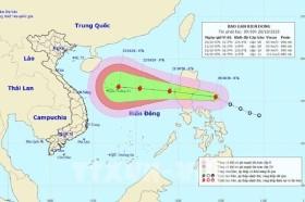 Biển Đông chuẩn bị đón bão số 8, cảnh báo thông tin giả mạo liên quan đến bão số 8