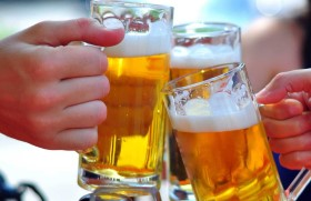 Cứu quý ông giãn hết cơ tim vì ngày nào cũng nạp bia vào người