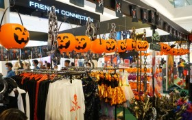 Nhập hội cây hay binh đoàn quái vật cùng so găng mùa Halloween - tháng 10 này tại Crescent Mall