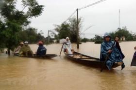 Bão số 8 gây mưa to từ Nghệ An đến Thừa Thiên-Huế, bão số 9 mạnh thêm