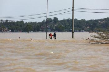 'Cuồng phong' bão số 9 có thể gây sóng cao 7m, mưa lớn tới 500mm