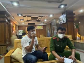 Cơ sở massage Windy Hotel bất chấp lệnh cấm, vi phạm phòng chống dịch COVID-19