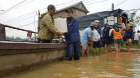 Thực hư công văn huyện vùng lũ về chuyện cứu trợ làm mạng dậy sóng...!
