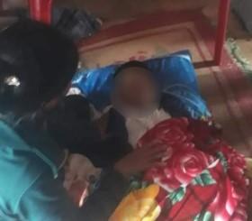 Mẹ đi nhận hàng cứu trợ, con ở nhà bị lũ cuốn tử vong