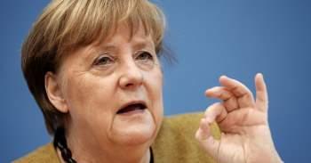 Thủ tướng Merkel kêu gọi dân ngưng phàn nàn chuyện chậm tiêm vắc xin COVID-19