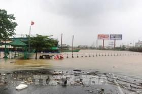 Khuyến cáo: Không đi qua tuyến đường ngập sâu tại Quảng Bình và Hà Tĩnh