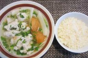 5 thói quen ăn cơm hại sức khỏe khủng khiếp mà đa số người Việt đều mắc phải