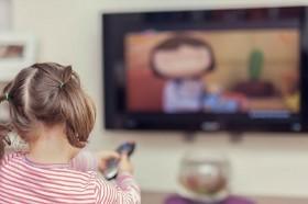 4 tác hại của việc lạm dụng xem ti vi