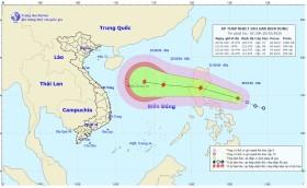 Áp thấp nhiệt đới đang mạnh lên thành bão, Trung bộ mưa lũ lớn