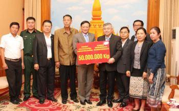 Đại sứ quán Việt Nam tại Lào ủng hộ Lào khắc phục hậu quả lũ lụt