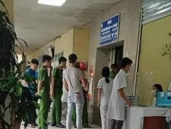 Bắn pháo hiệu cảnh báo bão từ Thanh Hóa đến Bình Thuận