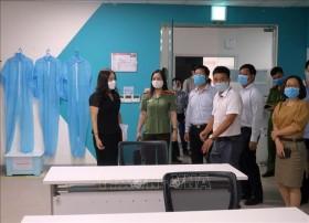 Sáng 26/10, có 18/73 người đang điều trị âm tính với SARS-CoV-2