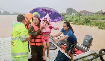 Lên phương án sơ tán gần 1,3 triệu dân ứng phó bão số 9