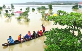 Mưa lũ lịch sử tại miền Trung khiến 106 người chết, gần 190.000 nhà dân bị ngập