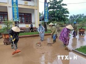 Ngành Y tế hướng dẫn người dân tự phòng dịch bệnh trong mùa mưa lũ