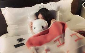 Có 2 thứ nên đặt gần giường ngủ và 3 thứ nên để càng xa càng tốt, nhiều người không hề biết nên vô tình gây ảnh hưởng xấu tới sức khỏe