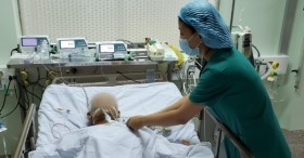 Bác sĩ xuyên đêm cứu người đàn ông nguy kịch vì căn bệnh dễ gây đột tử hiếm gặp