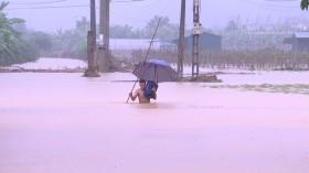 Áp thấp nhiệt đới ở gần biển Đông, khả năng biến đổi thành bão