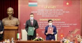 Việt Nam- Hungary ký kết hợp tác văn hóa, thể thao, du lịch giai đoạn 2020-2022
