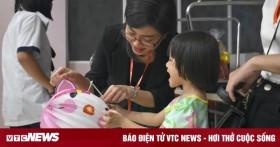 Mang Tết Trung thu cổ truyền đến với trẻ em cơ nhỡ