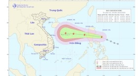 Biển Đông chuẩn bị đón bão số 8 và cảnh báo về thông tin dự báo giả mạo