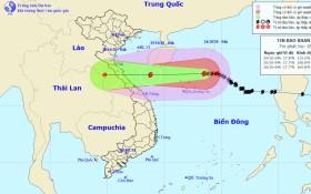 Bão số 8 cách quần đảo Hoàng Sa khoảng 160km, ở Vịnh Bắc Bộ biển động rất mạnh