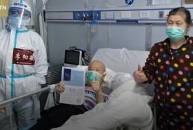 Xúc động cụ ông 72 tuổi một mình vượt gần 2.000km gặp ân nhân trả nghĩa