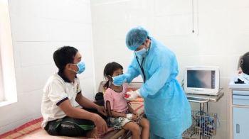 Quảng Ngãi: Huyện miền núi cho học sinh nghỉ học ngừa dịch bạch hầu