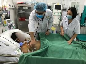 Cứu bác sĩ 10 phần chết sau khi tim ngừng đập 1,5 giờ