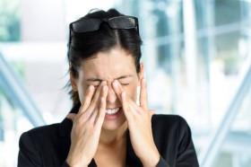 Các căn bệnh ẩn giấu phía sau dấu hiệu bất thường của mắt