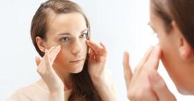 Mắt trái nháy liên quan đến tiền, mắt phải nháy thì gặp tai họa? - Câu trả lời hóa ra lại có liên quan đến sức khỏe