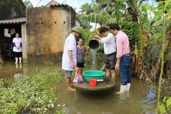 Kiểm tra giám sát chặt việc thu gom, xử lý chất thải y tế trong mùa bão lũ