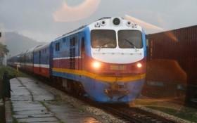 Đường sắt Bắc-Nam thông tuyến, sẵn sàng vận chuyển miễn phí hàng cứu trợ