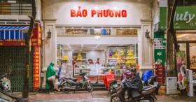 Nhiều người hay thắc mắc Hết Trung thu thì Bảo Phương bán gì?, lời giải từ truyền nhân đời thứ 3 của tiệm bánh trứ danh phố Thụy Khuê khiến ai cũng ngưỡng mộ