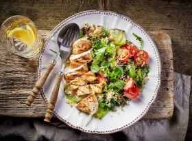 Bỏ ngay 6 thói quen bữa tối này vì nó khiến bạn tăng cân