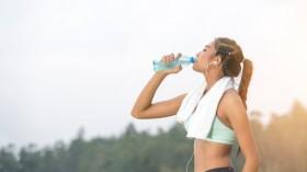 Cơ thể biến đổi khủng khiếp sau 30 ngày uống nước lọc
