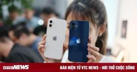 Đập hộp chiếc iPhone 12 đầu tiên về Việt Nam