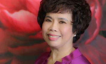 Madam Thái Hương: Từ cán bộ vật tư đến người phụ nữ quyền lực trong ngành sữa, thuyền trưởng chèo lái một ngân hàng