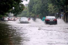 Dự báo thời tiết 25/10: Nghệ An đến Thừa Thiên Huế mưa lớn