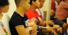 Cặp song sinh chào đời khoẻ mạnh từ bố mẹ mang gene bệnh Thalassemia