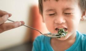 Những loại thực phẩm tưởng ngon nhưng lại không tốt cho trẻ, mẹ lỡ cho con ăn rồi thì hãy dừng lại ngay