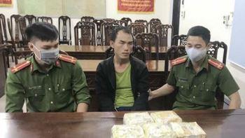 Pháp luật: Bác sĩ người Lào mang 5 kg ma túy vào Việt Nam
