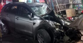 Thông tin mới nhất vụ ô tô tải nổ lốp lao vào nhà dân làm 3 người chết