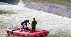 Hàng trăm người tìm kiếm nam thanh niên mất tích khi tắm ở đập trànHuy Thượng