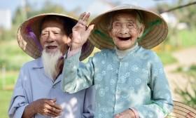 Thủ tướng: Chăm sóc sức khỏe người cao tuổi thích ứng với già hóa dân số